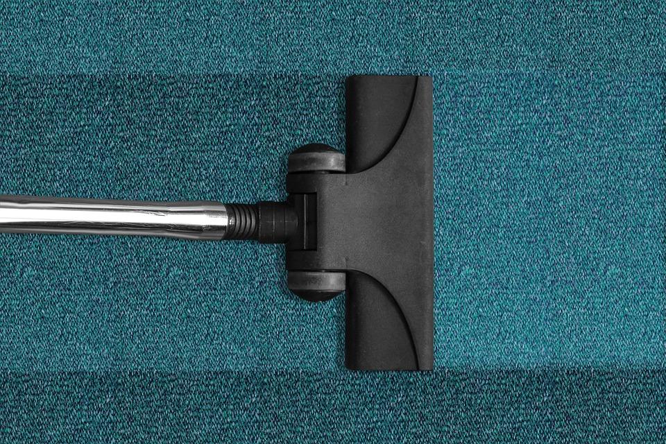 C:\Users\Ben Beard\Downloads\vacuum-cleaner-268179_960_720 (1).jpg